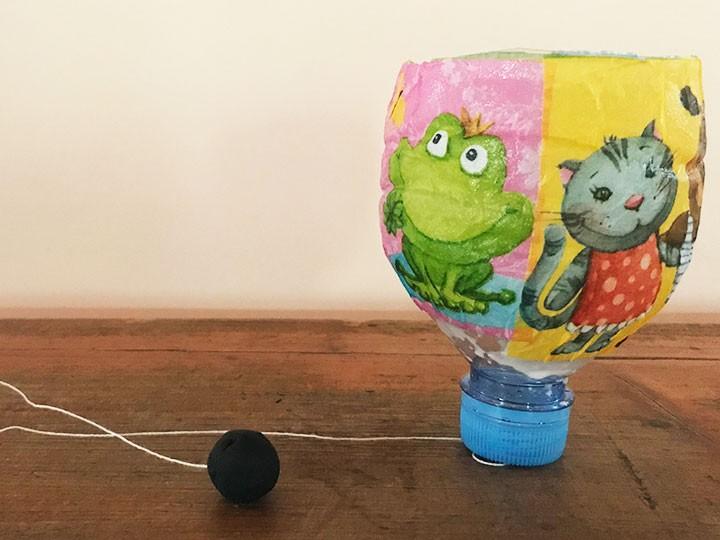 Recycling-Basteln: Fang den Ball